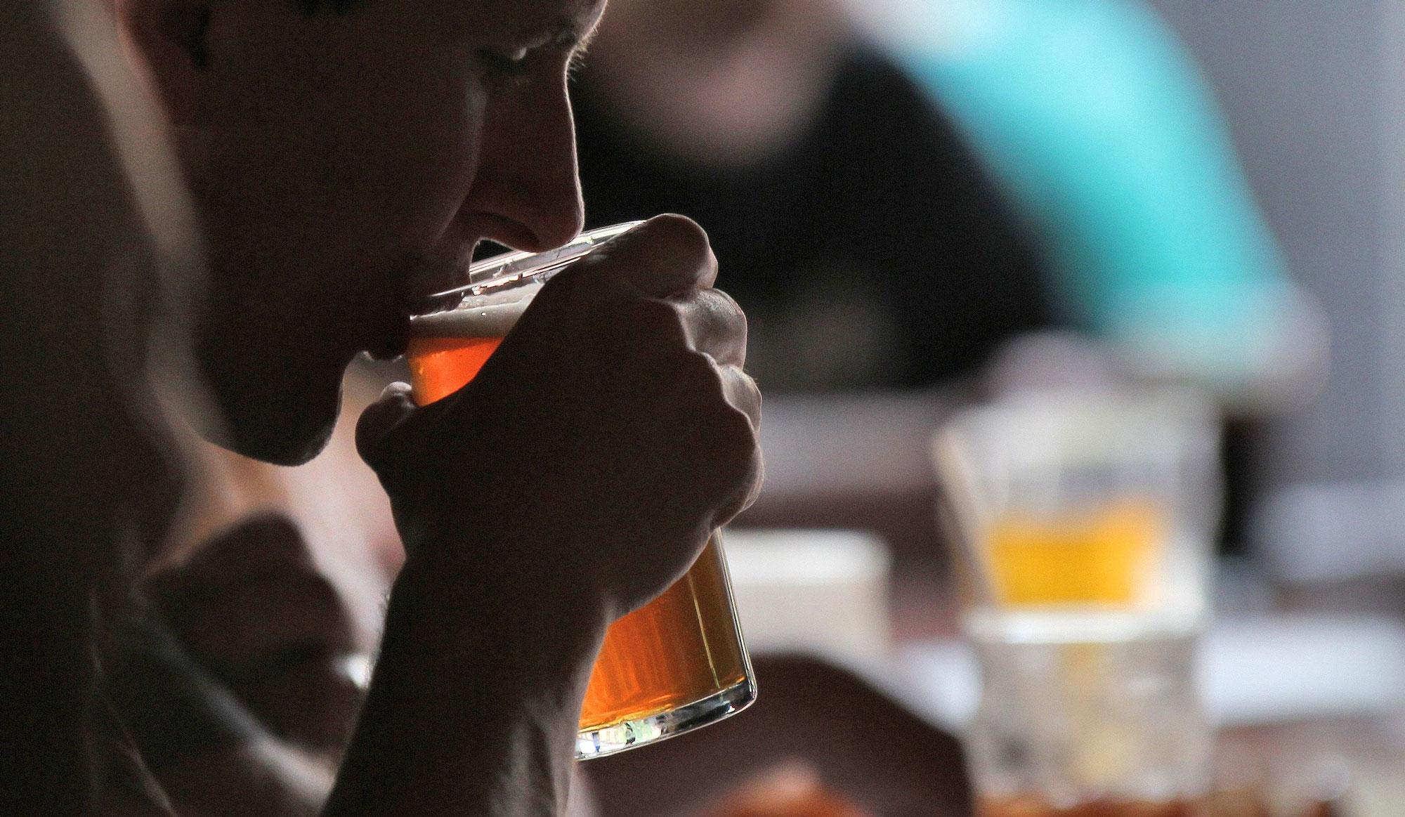 Jaka ilość jest w normie? – O codziennym piciu