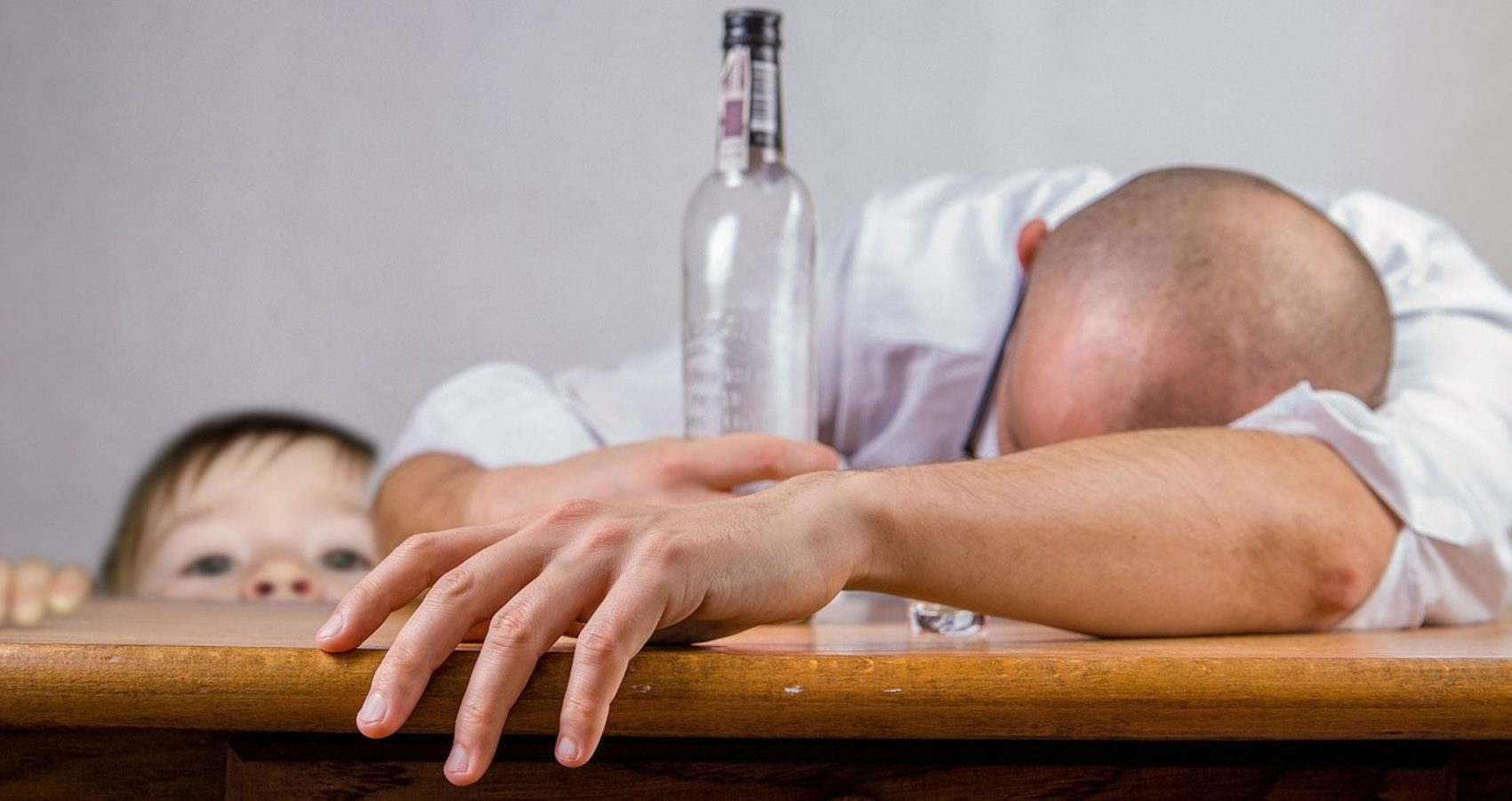 Związki Dorosłych Dzieci Alkoholików – dlaczego są tak trudne?